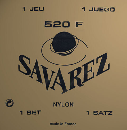 Savarez 520 F - Rot - Standard Tension